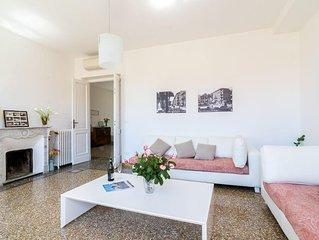 City Center/Walk to Beach - Luxe Apartment Italian Riviera
