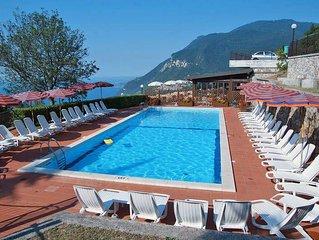 Apartment Residence La Rotonda II  in Tignale - Oldesio (BS), Lake Garda/ Lago