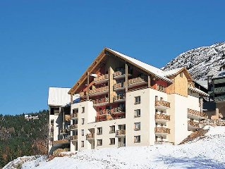 Apartment Residence Couleurs Soleil  in Oz en Oisans, Isere - 7 persons, 1 bedr