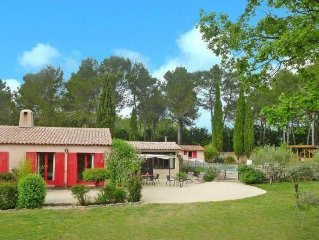 Semi-detached house, Rognes  in Bouches - du - Rhone - 6 persons, 3 bedrooms