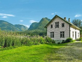 Vacation home in Haukedalen, Western Norway - 8 persons, 5 bedrooms