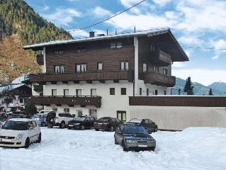Apartment Haus Sandhofer  in Mayrhofen, Zillertal - 10 persons, 5 bedrooms