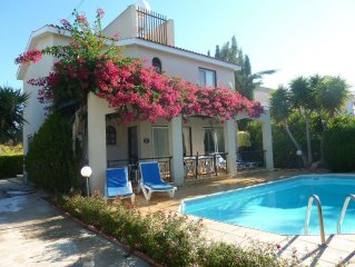 Beautiful Villa With Private Pool And Mature Gardens