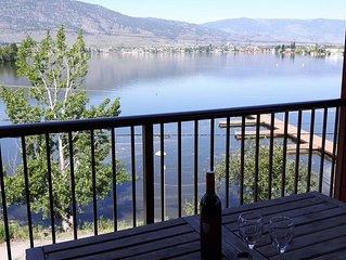 Luxury Lakefront Penthouse - Huge  Balcony/Great Views- A few summer days left