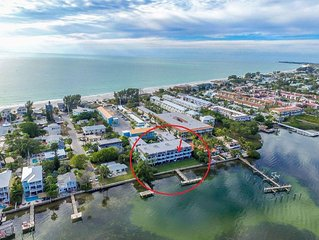 STUNNING VIEW, GREAT LOCATION, PERFECT VACATION ON ANNA MARIA ISLAND