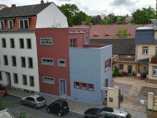 Wir vermieten ein neues, kleines Appartement im Herzen von Dresden.