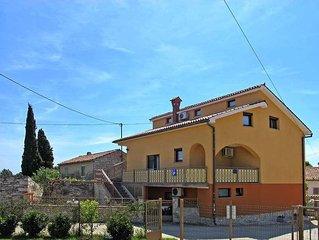 Apartment Haus Mara  in Tar, Istria - 2 persons