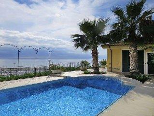 Apartment Villa Chiara  in Santo Stefano al Mare IM, Liguria: Riviera Ponente -