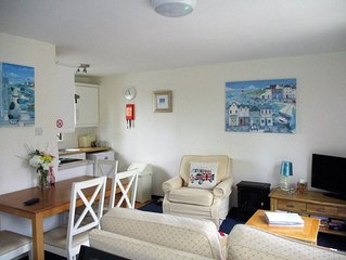 Dog Friendly Bungalow at Tolroy Manor, Hayle