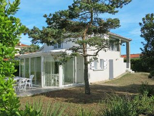 Vacation home in Bretignolles - sur - Mer, Vendee - 5 persons, 3 bedrooms