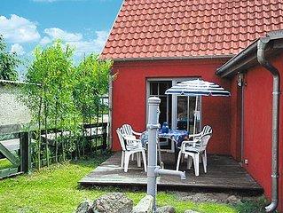 Vacation home Kapitanshaus LEO  in Leopoldshagen, Baltic Sea: Mecklenburg - 5 p