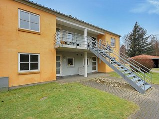 2 bedroom accommodation in Hals