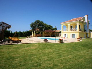 Morgorlwg Fila,Exclusive Secluded Villa With tranquil setting and Stunning Sea