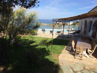 Villa paradisiaque devant la plage.Vue exceptionnelle avec piscine sur la  mer