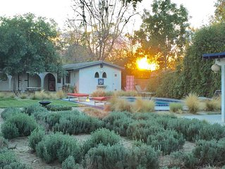 O'Leary's Cabin in Griffith Park with POOL, great central location