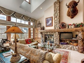 Cosy, Rustic Townhouse, With Wood Burning Fireplace and On-site Hot Tubs