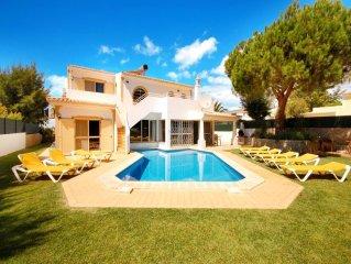 Villa in Vale De Parra, Albufeira, Algarve, Portugal