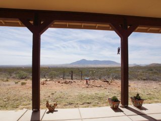 A Private & Peaceful Mule Mountain Retreat