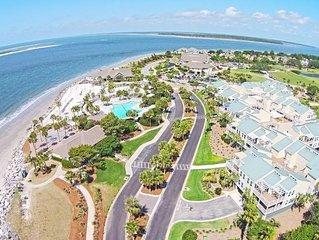 Beautiful Villa! Ocean, Beach, Pools, Golf, Dining Steps Away! Screened Porch!