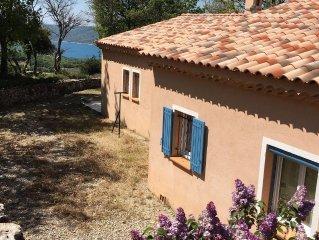 Detached villa with view on popular lake Lac de Ste. Croix