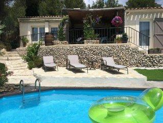 Maison avec piscine sur vue imprenable aux Baux de Provence