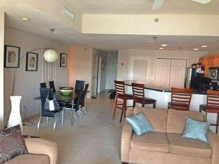 Luxury Lake of the Ozarks 3 bedroom condo close to everything!