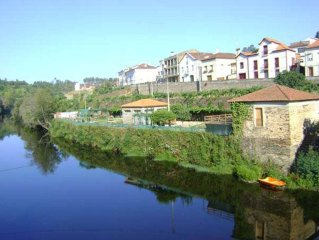 Coja Holiday Cottage, Lovely Views, River Beach 200ms, Sleeps 6kms