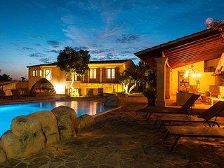Finca mit vier Schlafzimmern, Aussenkuche sowie Pool mit Wasserfall und Jacuzzi