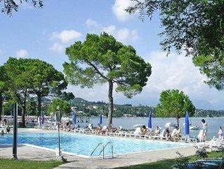 Residence Le Corti del Lago, Padenghe  in Südlicher Gardasee - 4 persons, 2 bed