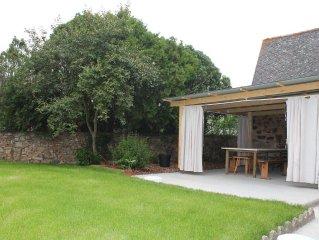 Maison de village à 15 minutes de la mer, terrasse et jardin clos.