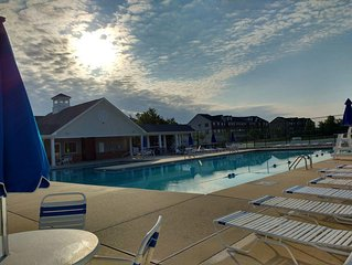 NEAR LEWES/REHOBOTH BEACHES ~ POOL/TENNIS/RESTAURANT COMM.~ SPECIAL RATES