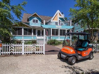 7 Bed 5 Bath Sleeps 20 + 4 in the Guest House + Golf Cart