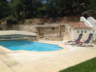 Studio 40 m2 avec acces piscine
