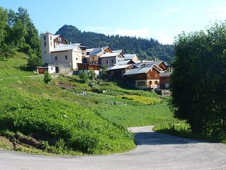 Chalet dans petit village de montagne... Depaysement assure !