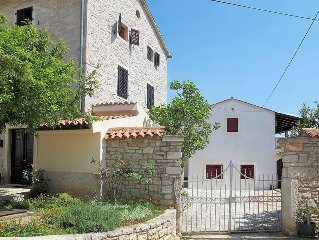 Apartment Haus Gortan  in Kastelir, Istria - 4 persons, 2 bedrooms