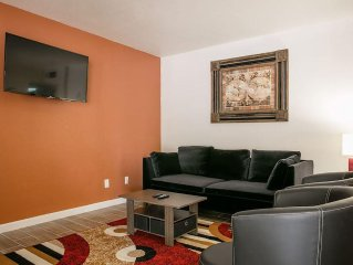 Large 2 Bd 2 Ba Condo  In The Best Location In Casa Grande Fully Furnished