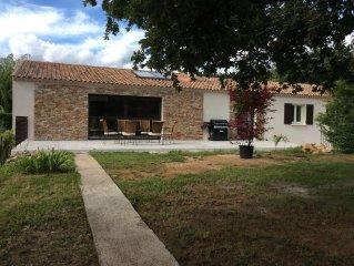Belle maison avec piscine au ceour de la Provence verte
