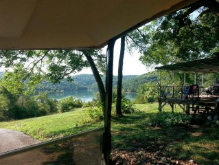 Lake Front Vacation Home Located on Table Rock Lake