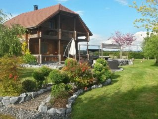 The Chalet Hautes Pyrenees .11 people. Family, garden, relaxation, bowls ...