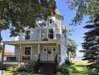 Large Remodeled Historic Victorian Cottage With Panoramic Lake Missaukee Views