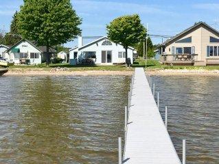 Lakefront getaway at Michigan's largest inland lake.