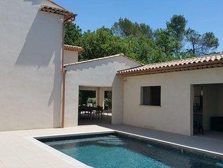 Villa avec piscine, calme et proche centre ville a proximite de Grasse et Cannes