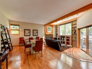 Best Location-2 blks Pearl St-Views-Spa-Central Air-Conditioning