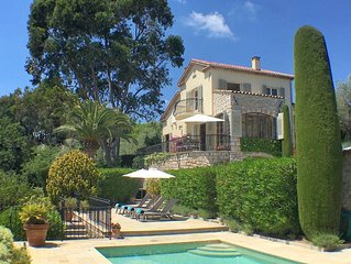Mougins luxury 3 bedroom villa with private heated pool in secluded gardens