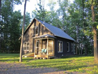 Newly Built Chalet Style Cottage In The Heart Of The Finger Lake's