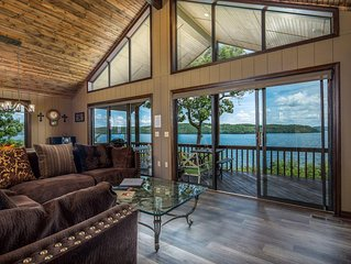 Spectacular 180o Views From Lakefront Beaver Point Lodge on Stunning Beaver Lake