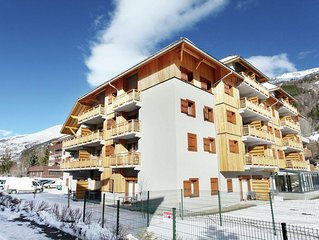 Brand new apartment with indoor pool near the lifts in Serre-Chevalier