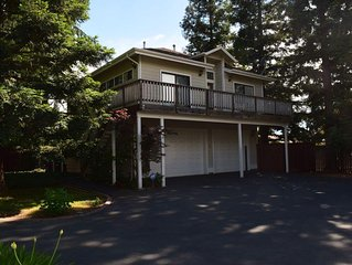 Secluded, gated guest house - perfect for corporate housing or vacation getaway!