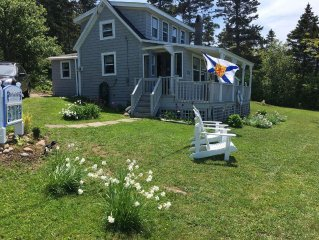 Parkers Cove - Periwinkle Cottage with bay views outdoor shower and dog friendly