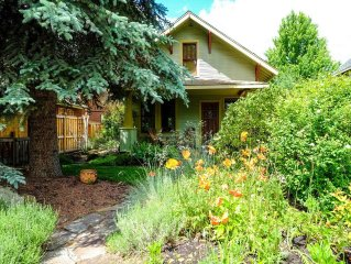 Bluebird Day - Lavender Cottage - Hot Tub/Walk or Bike Everywhere